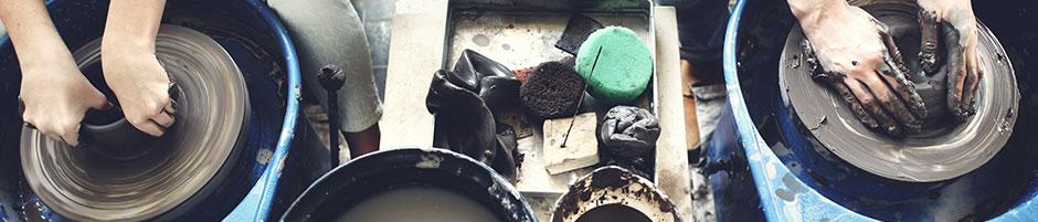 陶器と洋食器の持つ吸水性の違い